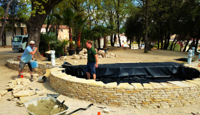 Building a pond for Roquefort-les-Pins