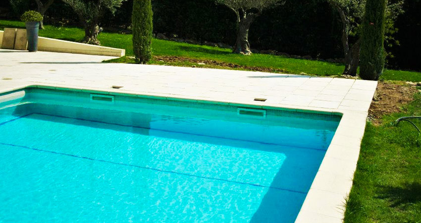Pool maintenance - Ace of Spades Gardens