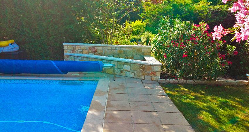 Garden walls & Stonework - Ace of Spades